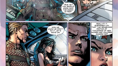 Aquaman giving advice to wonder woman