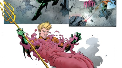 Batman's Justice Buster Suit VS Aquaman