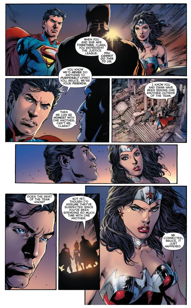 Batman Talks To Superman And Wonder Woman About Their -5667