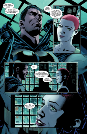 Batman Reveals His Identity To Batwoman