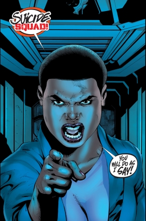 amanda-waller-justice-league-vs-suicide-squad-2