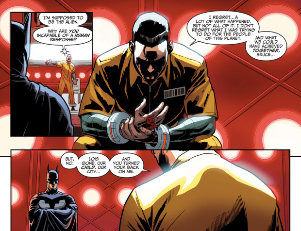 Batman Visits Superman In Prison (Injustice Gods Among Us)