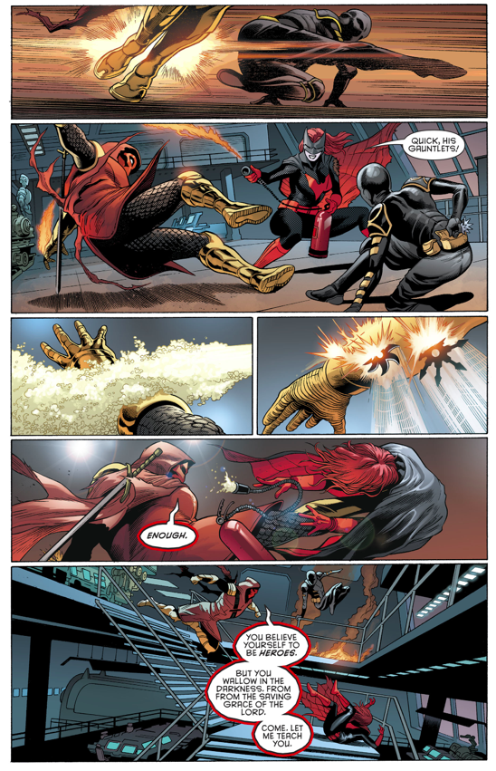 Batwoman And Orphan VS Azrael (Rebirth)
