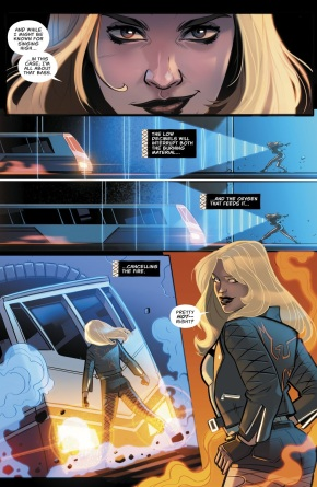 Black Canary Stops A Train With Her Canary Cry