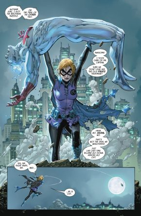 Gotham Girl VS Captain Atom
