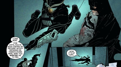 Batman VS The Talon (New 52)